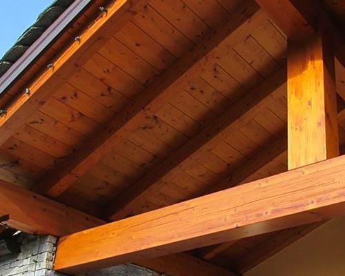 Verniciature opere in ferro e legno
