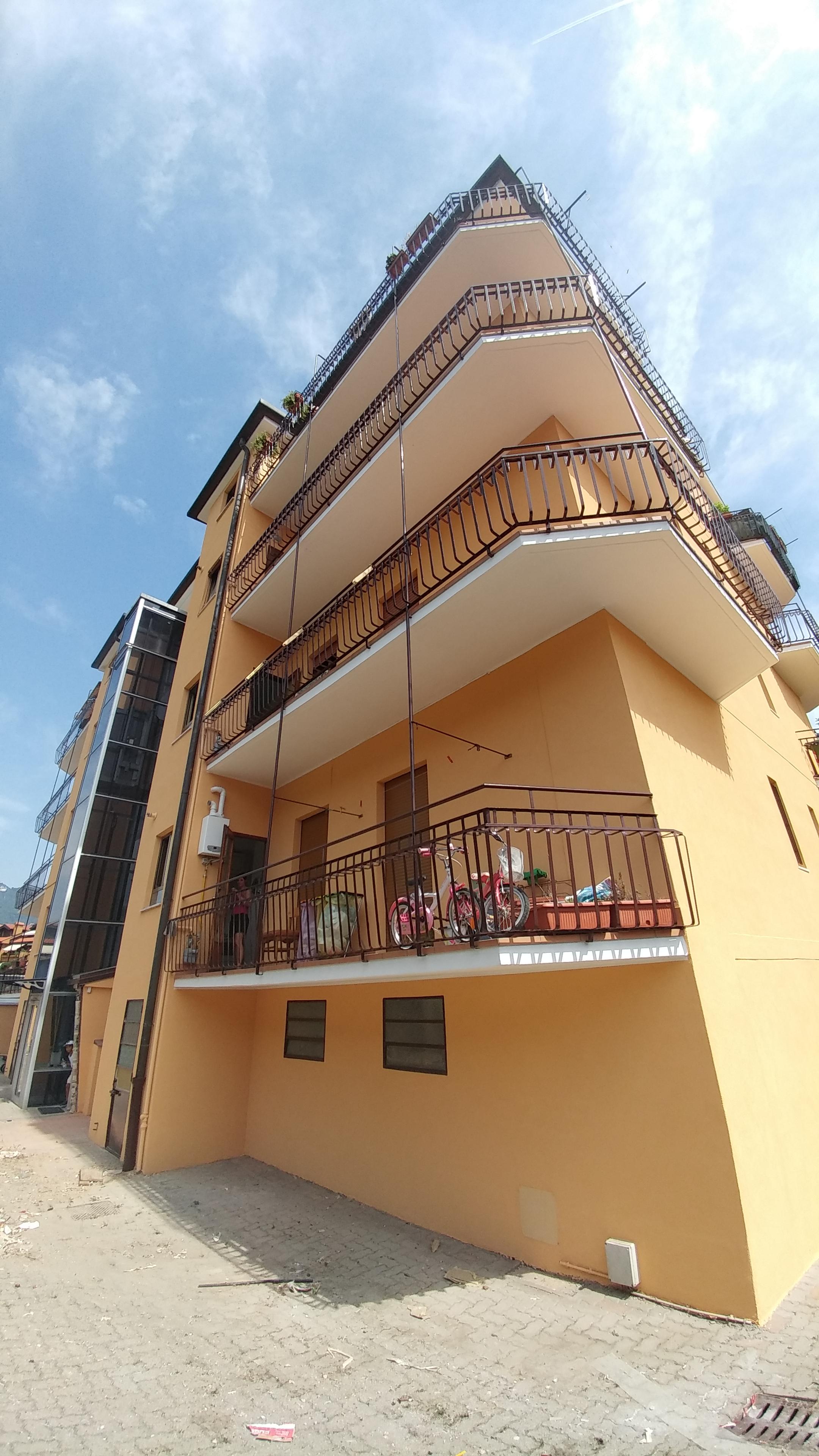Deimar decor rifacimento balconi for Balconi condominio