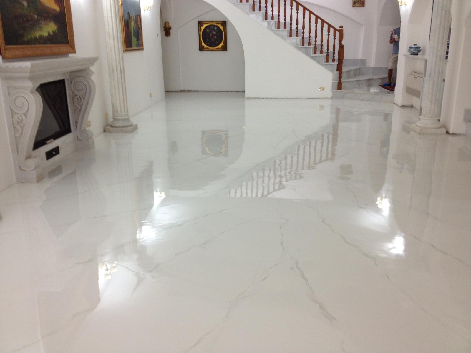Pavimento Bianco Lucido Prezzo : Pavimento resina bianca lucida i prezzi dei pavimenti in resina